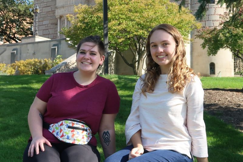 Sustainability coordinators Moe O'Keefe '22 (left) and Rachel Schauer '21 (right)